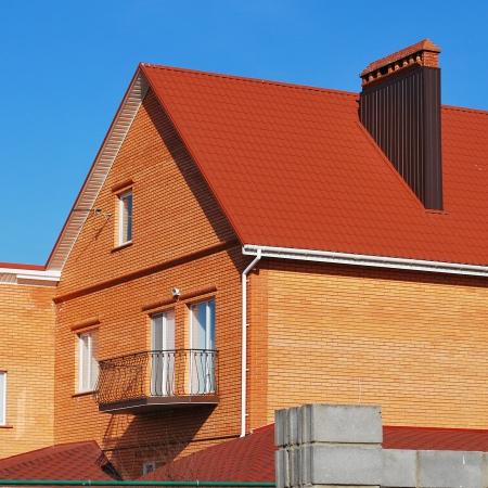Крыша - металлочерепица Диамант