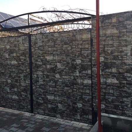 Забор Т-8, Дикий камень, Крыжановка