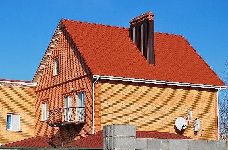Металлочерепица в городе Николаев на крыше дома