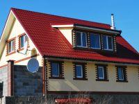 Металлочерепица на крыше частного дома